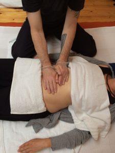 CNT-Bauchmassage_klein
