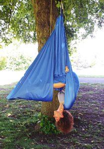 anja-fledermaus-aerial-yoga